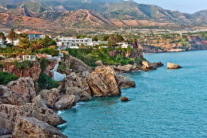 Getting to know Nerja on the Costa del Sol