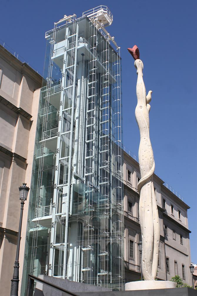 Reina Sofia in Madrid with Miro statu