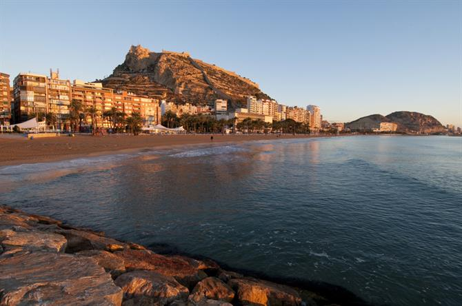 Playa del Postiguet in Alicante