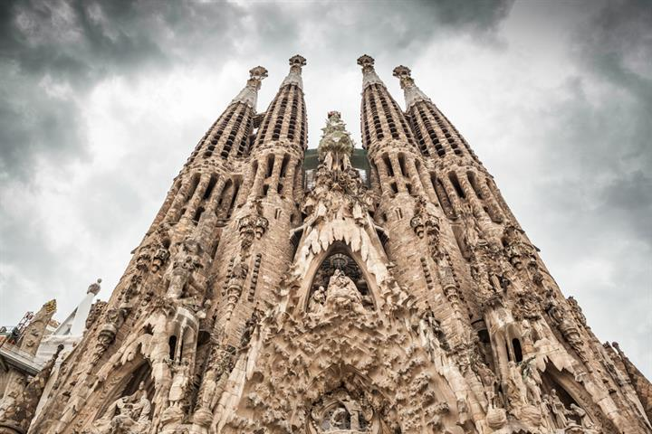 The Sagrada Familia: Gaudí's masterpiece