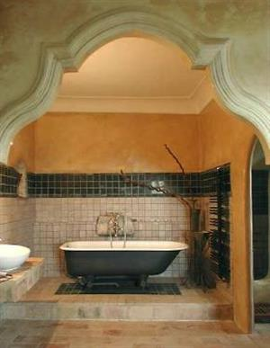 Almiral de la font restored bathroom