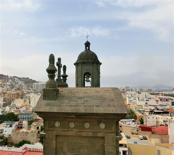 Up on the roof at Catedral de Santa Ana