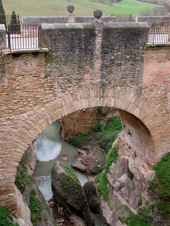 Puente arabe - Built by Moorish architects