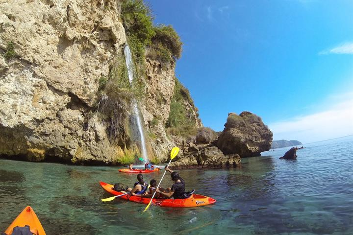 Sea kayaking from Burriana beach to Maro