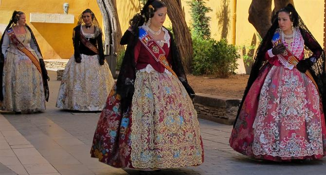 Valencian women in traditional costumes