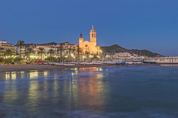 Forget Saint-Tropez and head for Sitges!