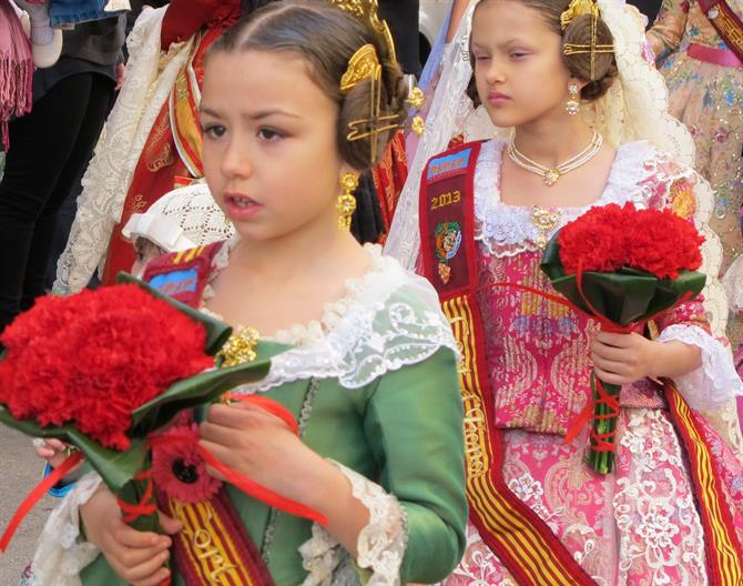 Traditional costumes for the Alicante fiestas