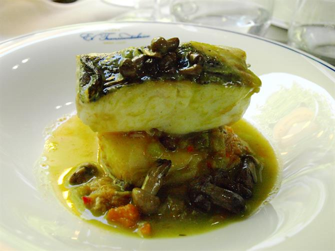 Cudillero hake and spider crab stew, El Transcantabrico, luxury train, Asturias