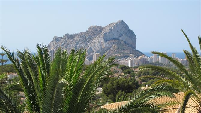 Visit the Ifach at Calpe on your family walk