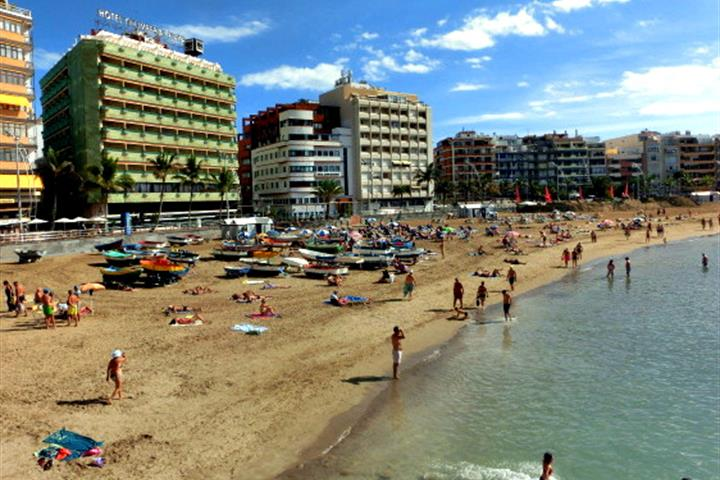 The ultimate guide to Las Palmas de Gran Canaria's beaches
