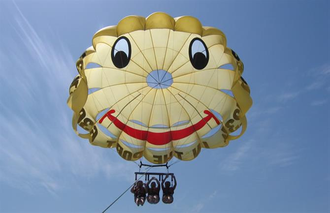 Smile High Parasailing Fuengirola