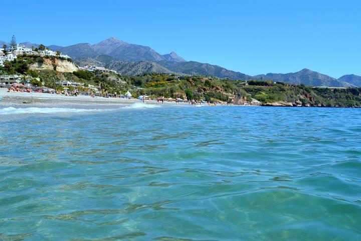 Playa de Burriana à Nerja
