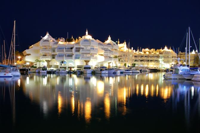 Nightlife in Puerto Marina, Benalmadena