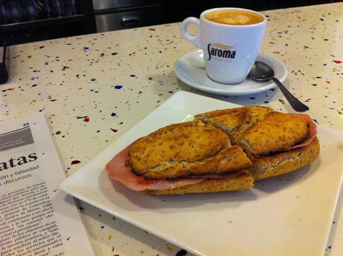Coffee and toast Granada