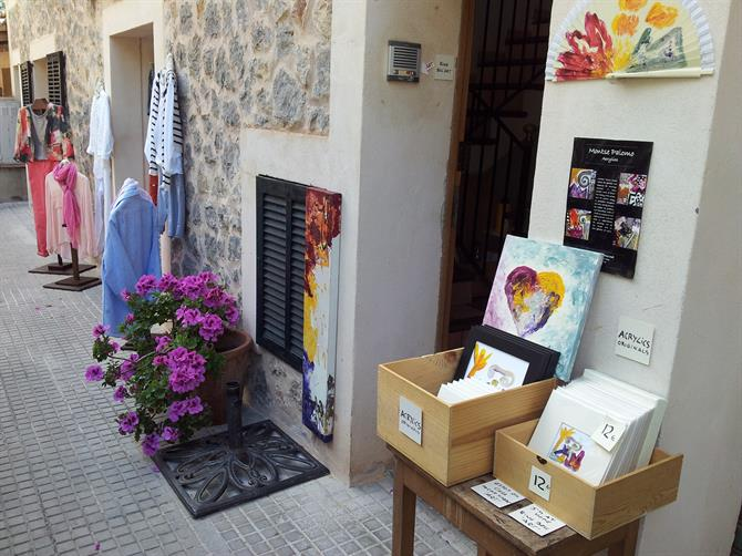 Art for sale in Deia
