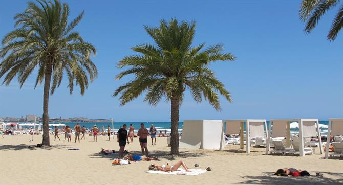 Postiguet beach, alicante