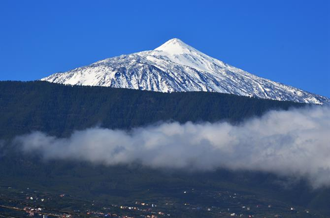 Snow, Mount Teide, north, Tenerife