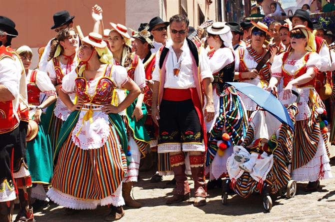 Traditional dress, fiesta, La Orotava, Tenerife