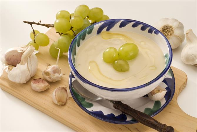 Ajoblanco, chilled garlic soup