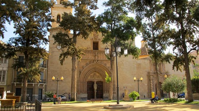 Historic churches in Orihuela