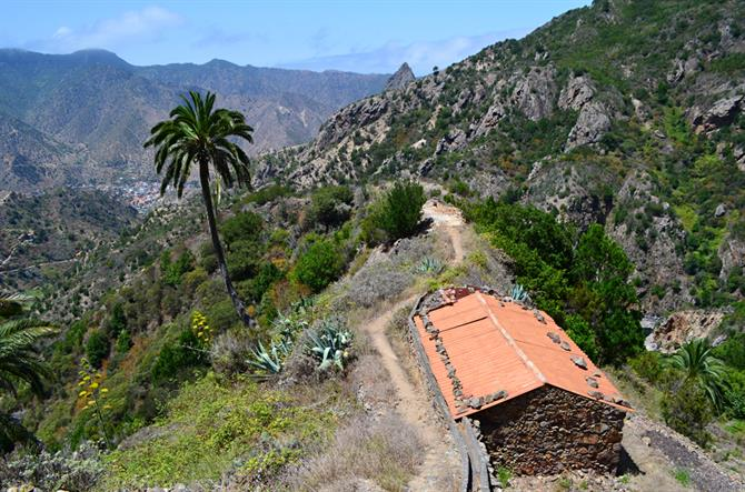View of Vallehermoso from path below Roque Blanco, La Gomera