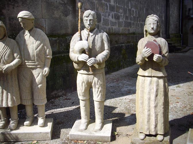 Sculpture of Galician musicians Padron, Galicia