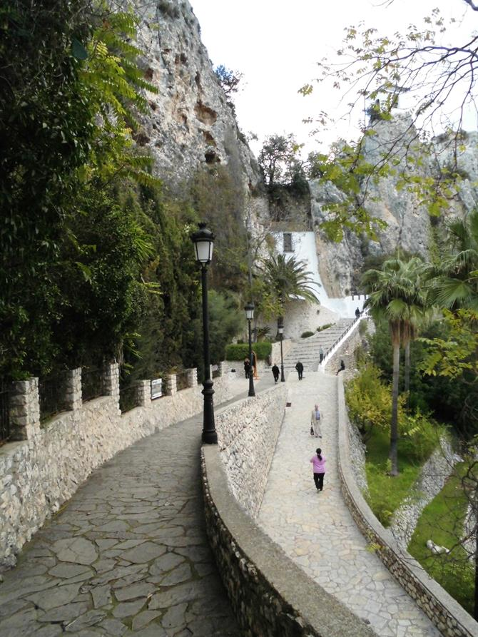 Path to the tunnel,Guadalest