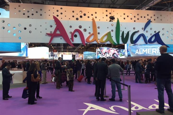 Spain-holiday.com jets into Fitur 2015