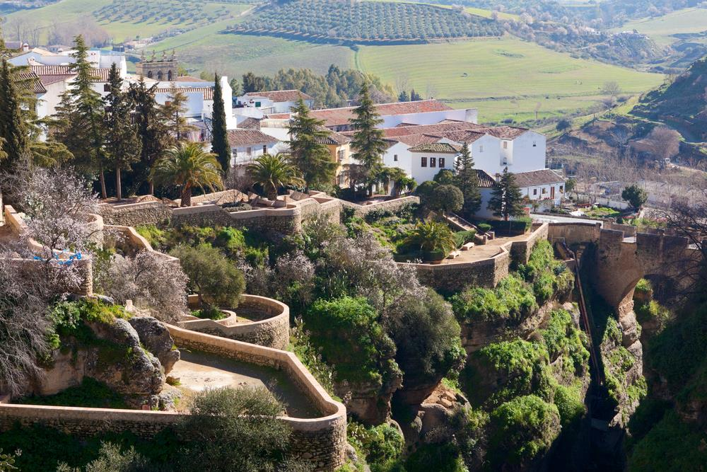 12 best things to do while visiting ronda malaga for Jardines de cuenca ronda