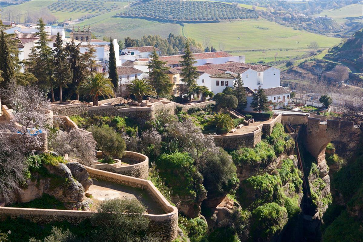 The most beautiful villages in andalucia for Jardines de cuenca ronda