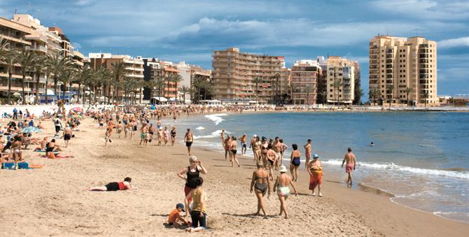 Playa del Cura beach, Denia