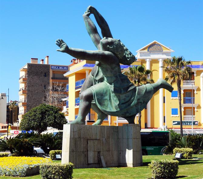 Torremolinos - Playamar - Monument in homage to Picasso