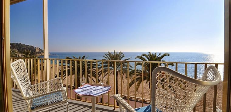 Holidays In Spain 2020 Holiday Homes Villas And