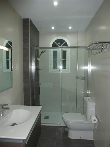 Luxury Main Bathroom