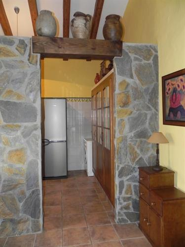 entrance to kitchen