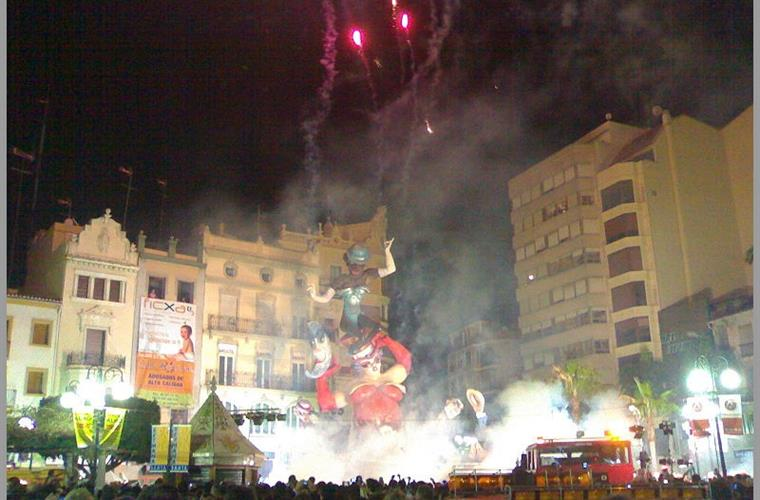 Fallas in Valencia, 5 km. of the House