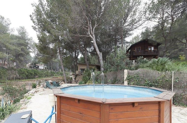 Pool of 4.5 m. Cabin diameter of Limon