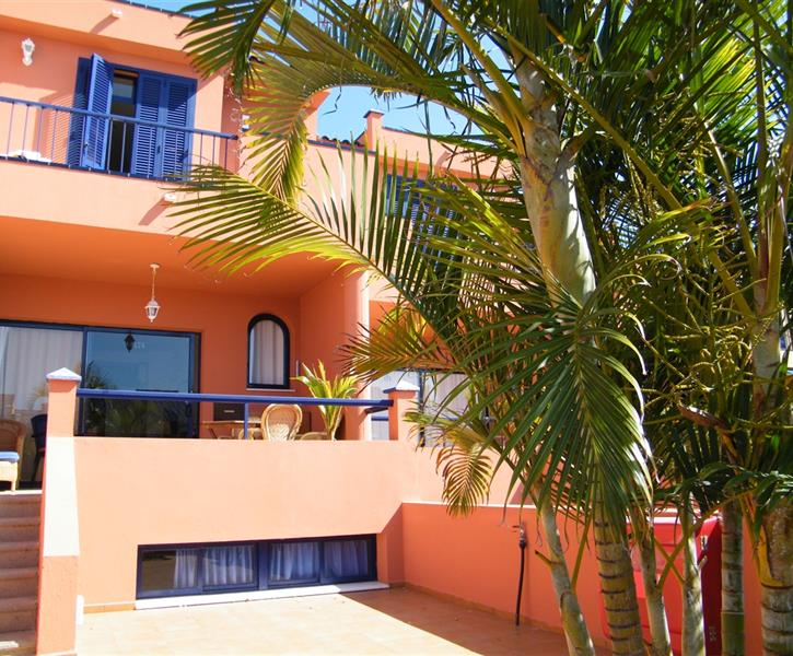 HOLIDAY HOUSE  3 4 BEDROOMS 150 sq.m. BBQ SEA VIEW HEATED Com POOL