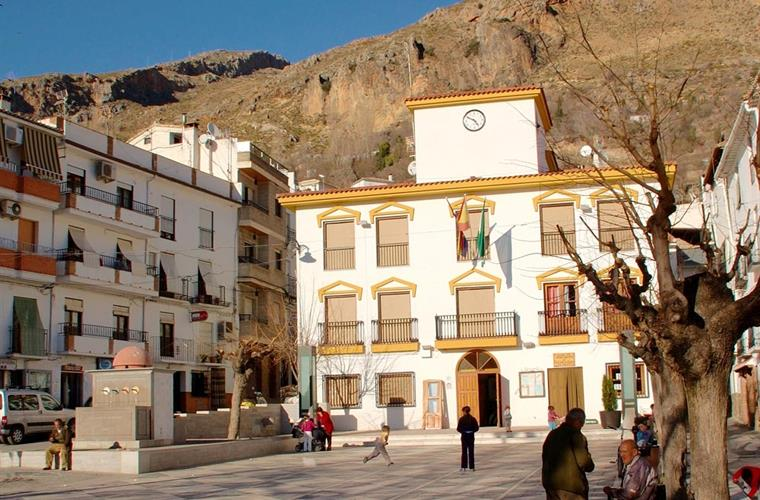Plaza Mayor in the village centre