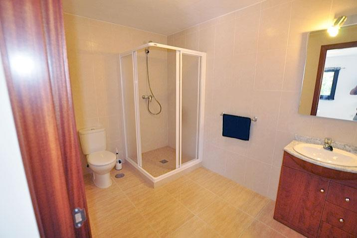 Bathroom 7 - Lodge