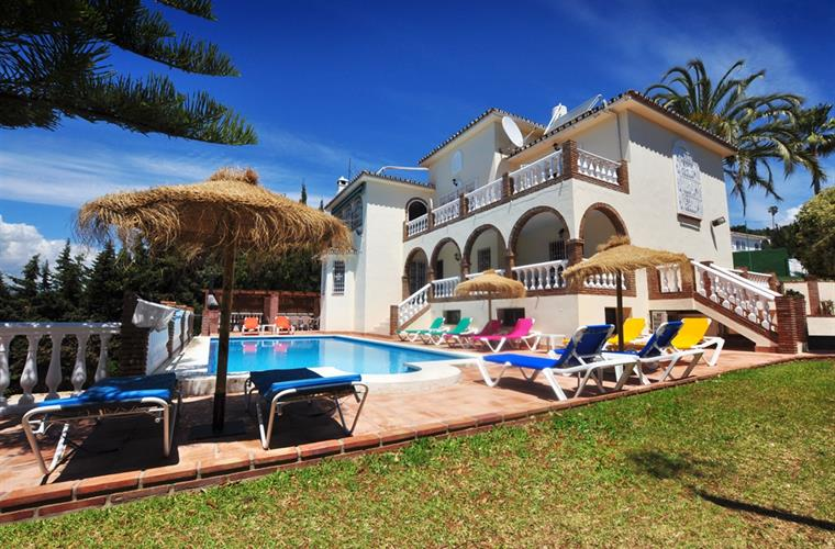 Villa Casa Paseros and Lodge, Sleeps 28
