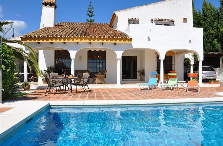 5 Bedroom Villa, Sleeps 12