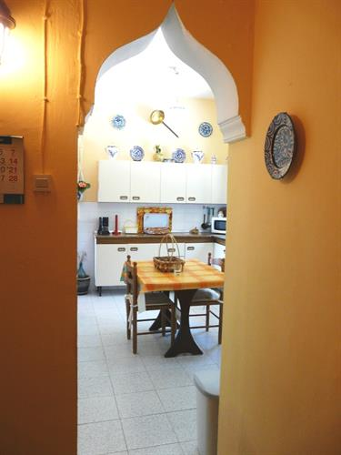 View from the corridor to the kitchen