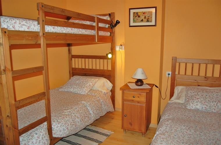 There is two rooms with bunkbeds, which is perfect for kids