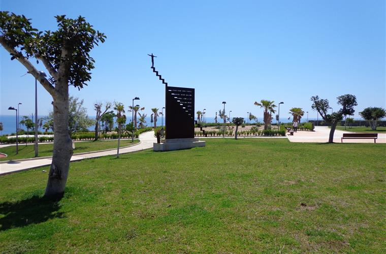 The park area linked to the beach is brand new for 2012.
