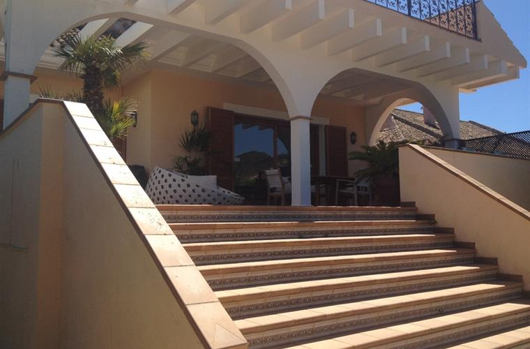 Steps to Terrace and Villa