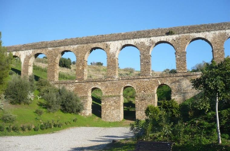 Roman aquaducts