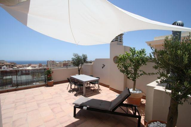 Privat terrace 50 m2 sea and mountain view