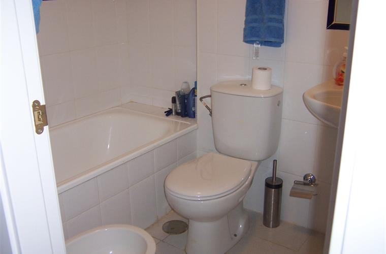 Semesterpenthouse hyrs ut i fuengirola torreblanca for Bathrooms fuengirola