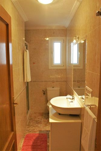 Second bath room with walk in shower